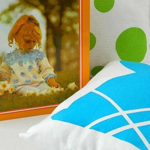 retro_craft_book_and_hand_printed_cushion