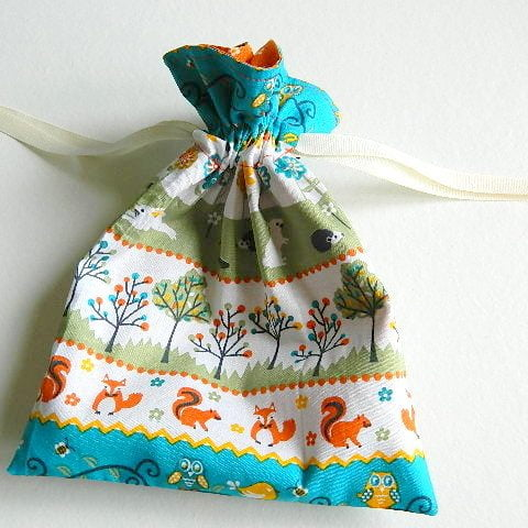 gathered_drawstring_bag