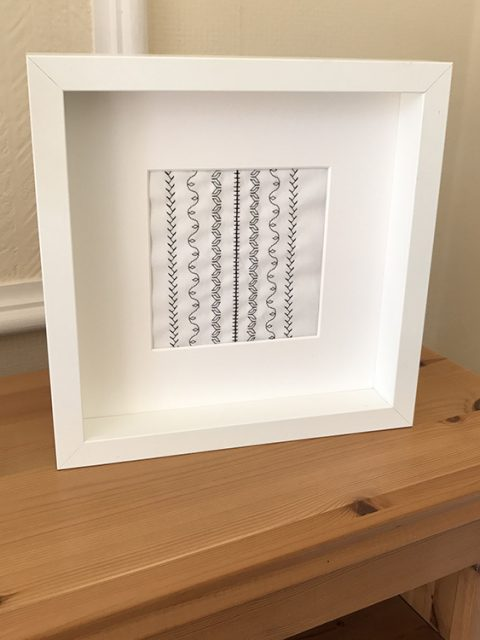 embroidery_white_frame_1