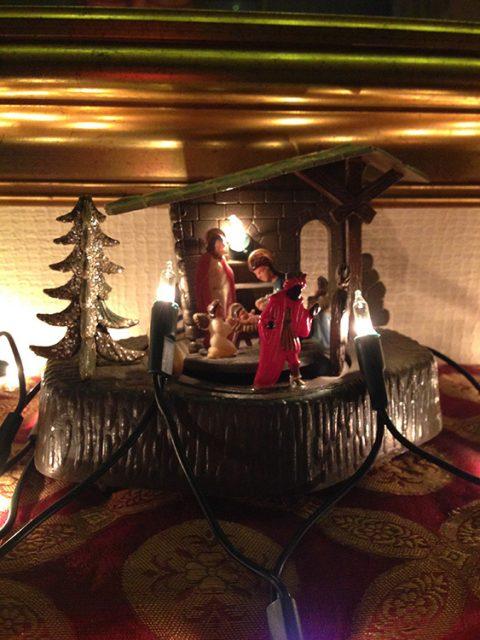 wind_up_nativity
