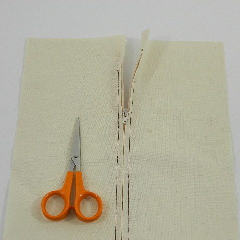 top_stitch_the_zip_in_place